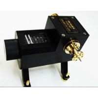 https://sites.google.com/a/ts-corp.com.tw/ts/millimeter-wave-products/attenuators/Direct-reading-precision-attenuators-510-series-200.jpg